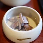 瓢亭 - 芋茎ごま和え
