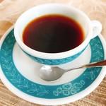 Prima Cottage - ドリンク写真:オシャレなコーヒーカップ