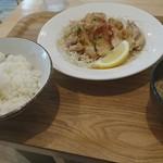 キママニ食堂 - 油淋鶏定食