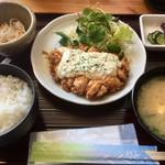 ちょんたま食堂 - チキン南蛮定食680円