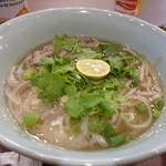ベトナムカフェ CHOM CHOM - ビーフのフォー