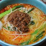 八芳苑 - 料理写真:担々麺