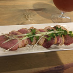 さかづき Brewing - 合鴨の燻製(750円)