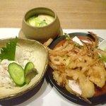 きときと 釣谷鮮魚店 - ランチミニ懐石 かき揚げ、茶碗蒸し、カニほぐし