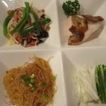 恵泉 - 春餅セット:日替わり料理3品と葱・胡瓜