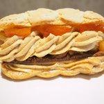 73320247 - ケーキ+カフェ 1026円 のパリ ブレスト ノワゼット オランジュ
