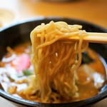 自然派ラーメン処 麻ほろ - 麺UP
