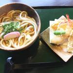いっぺき - 天ぷらうどん800円