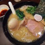 おおぜき中華そば店 - 白湯そば(830円)+辛味(50円)