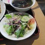 中国料理 紅龍房 - セットのサラダ