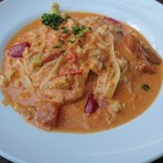 Trattoria L'arche - 道産ホタテと季節野菜のトマトクリームソース