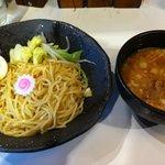 曇天 - 味玉入りつけ麺900円 2011.3