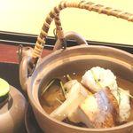 おく村 - 料理写真:土瓶蒸し