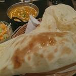 居酒屋インド料理店チャンドラマ - カレー1種セット 750円 チキンにしたが柔らかく煮込まれ甘さも残っている。