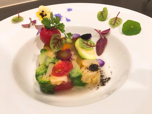 アキヒサ ハンダ - 野菜のテリーヌ