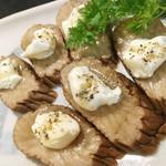 寿司酒場 スシイチ - 【酒のアテ】いぶりがっこチーズ