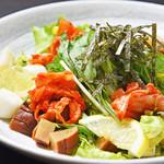 寿司酒場 スシイチ - 【サラダ】いぶりがっこと長芋のサラダ