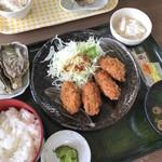 草津かき小屋 - かきフライ定食  800円