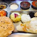 南インド家庭料理 カルナータカー - Aセットのランチ