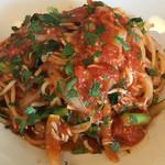 RISTORANTINO pinoli - シラスとアンチョビのトマトソースオレガノの香り パスタ 麺大で(100yen up)(^。^)