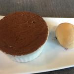 RISTORANTINO pinoli - デザート☆★★☆ティラミス キャラメルアイスクリーム
