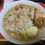ラーメン二郎 - 十一度目:小豚。デロ麺で薄味、係長さんの特徴そのまま
