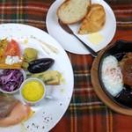 お肉料理とBBQもできる カフェレストラン ダイニングカフェ スクエア - 料理写真: