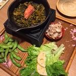 73378168 - 高菜と明太子を炒める付き出し
