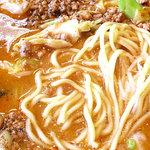 7338402 - 食べラーきゃべつ担々麺 麺アップ