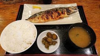 全国銘酒 たる松 上野店 - さば焼き定食