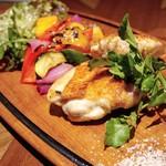 イタリアン&グリル アクア イルフォルノ - ヘルシーブランド 古白鶏のグリル200g