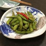 アブラヤ宴席油や - お通しの枝豆の唐辛子炒め