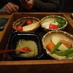 7339820 - 旬野菜の畑蒸し盛り
