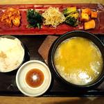 水刺間 - 鶏コムタンスープ定食