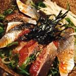 73392456 - 新メニュー高知県土佐産の究極鮮度の一本釣り潤目鰯の漬け丼定食(¥780)