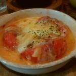 73394110 - トマト豚バラのチーズ焼き