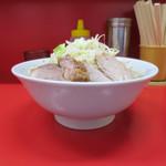 ラーメン二郎 - 料理写真:小ラーメン 麺少なめ