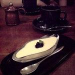 COFFEE HALL くぐつ草 - チーズケーキのセット1000円ちょい(2008/08)