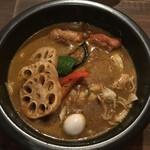 スープカリーバグース - スパイシーチキンと豚しゃぶカレー(オリジナルスープ)