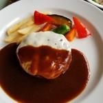 ローリエ - チーズハンバーグ(デミグラスソース)