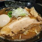 麺屋 中川會 - 豚骨魚介らーめん+味玉+海苔 980円