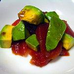 海んちょ - 料理写真:ベストマッチ「まぐろとアボカドの山葵醤油和え」