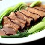 栄華楼 - 栄華楼自家製の柔らか豚バラ肉角煮