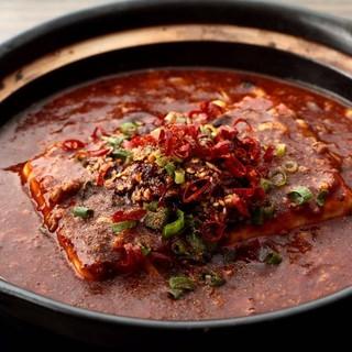 最高級の香辛料で作り上げた、自慢の頂天麻婆豆腐☆
