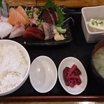 73412061 - お刺身定食850円