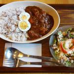 カフェ モナミ - カレー(トマトチキン)