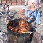鰹乃国のめし家 萬や - 藁で焼く鰹のタタキ