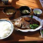 鰹乃国のめし家 萬や - 煮魚定食