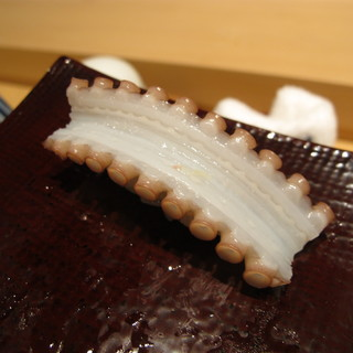 鮨の間 - 料理写真:手長蛸