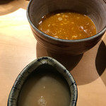 つけ麺屋 やすべえ - スープ割りのスープ入れもいい!